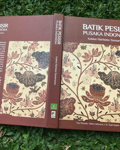 Review Buku Batik Pesisir Pusaka Indonesia by Hartono Sumarsono