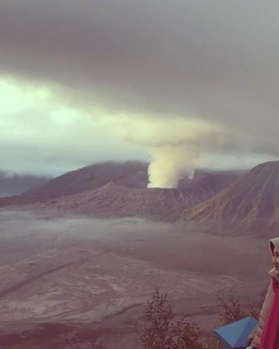 Sang Bromo, Pegunungan Syahdu Berselimut Kabut